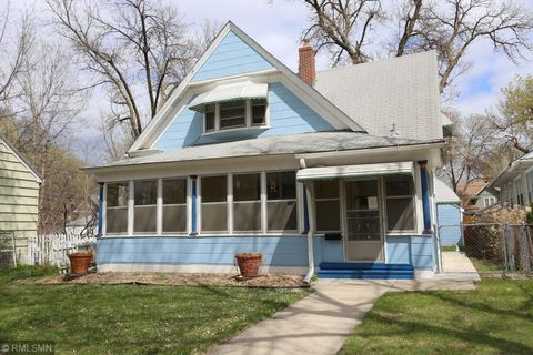 Photo Of 3321 Minnehaha Ave, Minneapolis, MN 55406. House For Sale