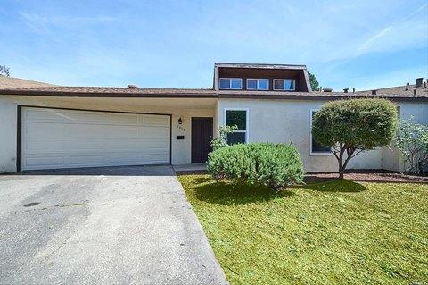 1010 Ruth Pl, Santa Rosa, CA 95401