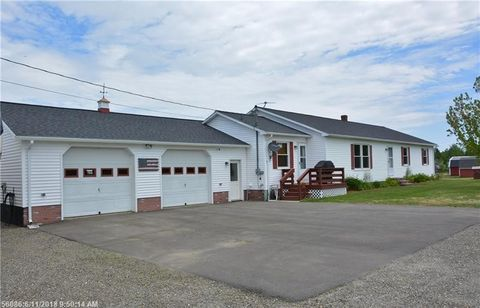 663 West Rd, Monticello, ME 04760
