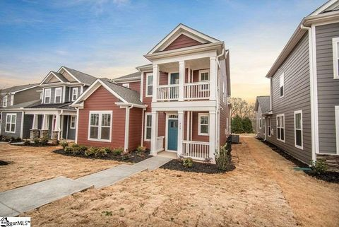 Photo of 719 Rose Penny Ln, Spartanburg, SC 29301