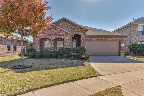 Photo of 3304 Friendsway Ct, Fort Worth, TX 76137