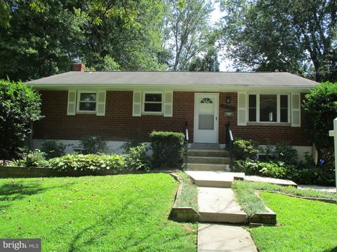 Photo of 4722 Boiling Brook Pkwy, Rockville, MD 20852