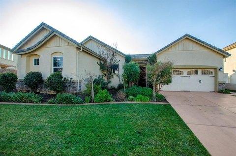 10046 Winkle Cir, Elk Grove, CA 95757
