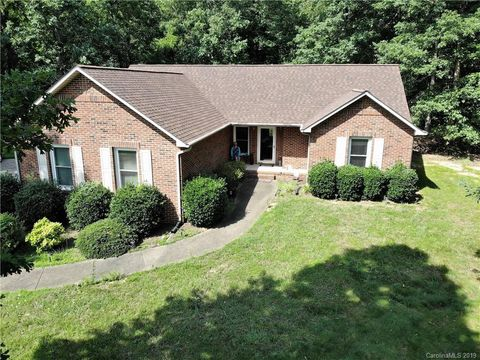 Photo of 515 Davis Rd, Shelby, NC 28152