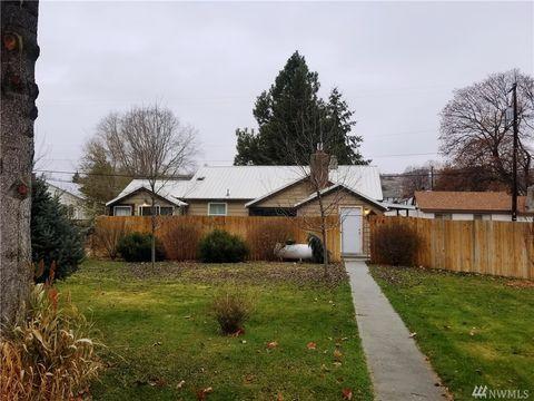 Photo of 218 S Birch St, Omak, WA 98841