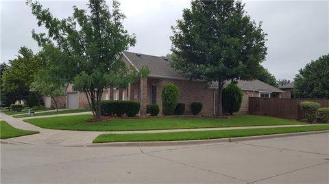 Photo of 8233 Livingston Ln, McKinney, TX 75072