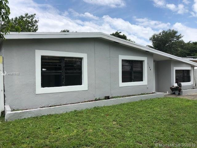 3780 Sw 40th St, West Park, FL 33023