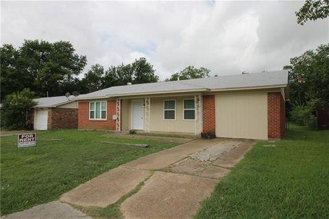 Photo of 1630 Sw 3rd St, Grand Prairie, TX 75051