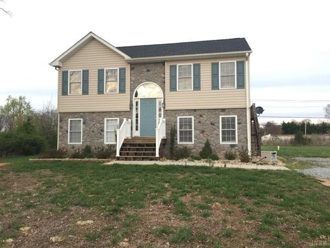 110 Sage Ln, Madison Heights, VA 24572