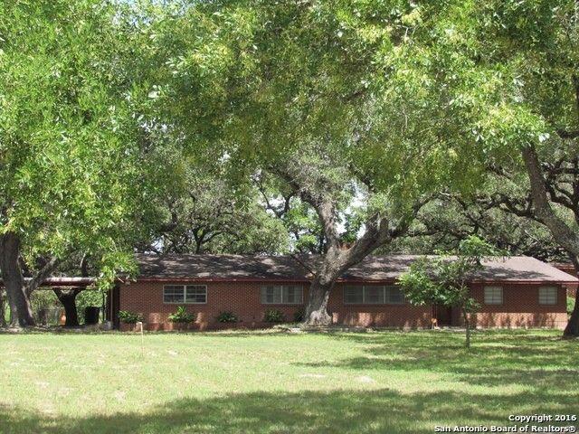 2612 2nd St, Pleasanton, TX 78064 - realtor.com®