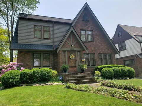 Photo of 5845 Elmore Dr, Parma Heights, OH 44130