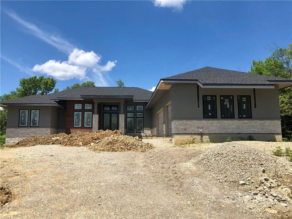3767 Colton Ct, Clearcreek Township, OH 45036