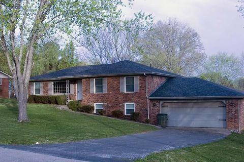 Photo of 117 Donna Dr, Hopkinsville, KY 42240