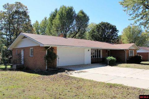 813 Arkansas Ave Mountain Home AR 72653