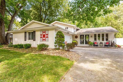 Pleasant 34164 Gina Dr North Ridgeville Oh 44039 Interior Design Ideas Clesiryabchikinfo