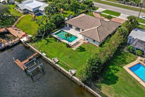 Photo of 1419 Flagler Blvd, Lake Park, FL 33403