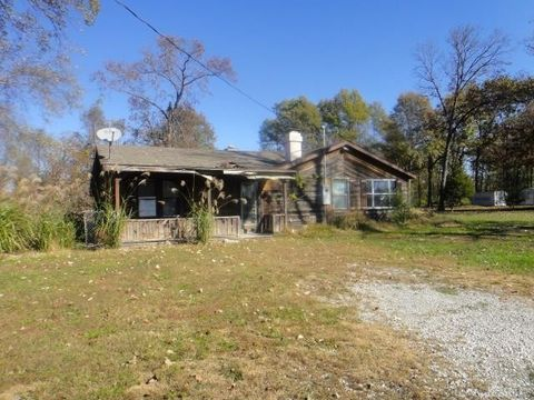 7029 State Route 154, Red Bud, IL 62278
