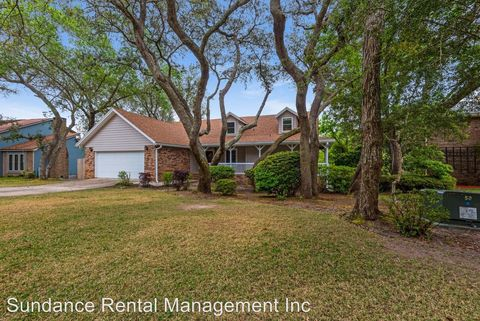 Photo of 219 Dominica Cir E, Niceville, FL 32578