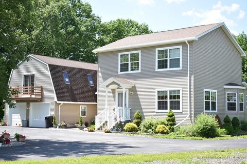 Photo of 875 Albion Rd, Unity, ME 04988