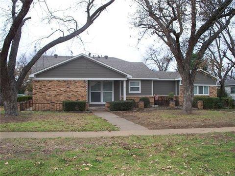 1214 Carolina St, Graham, TX 76450
