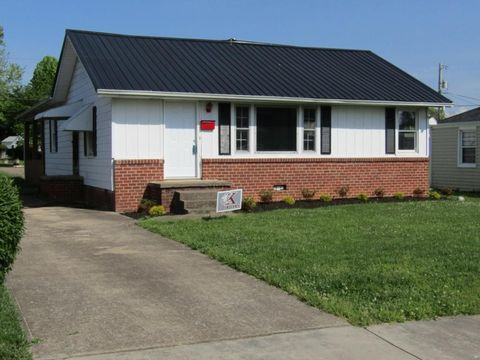Photo of 329 Carver St, Kingsport, TN 37660