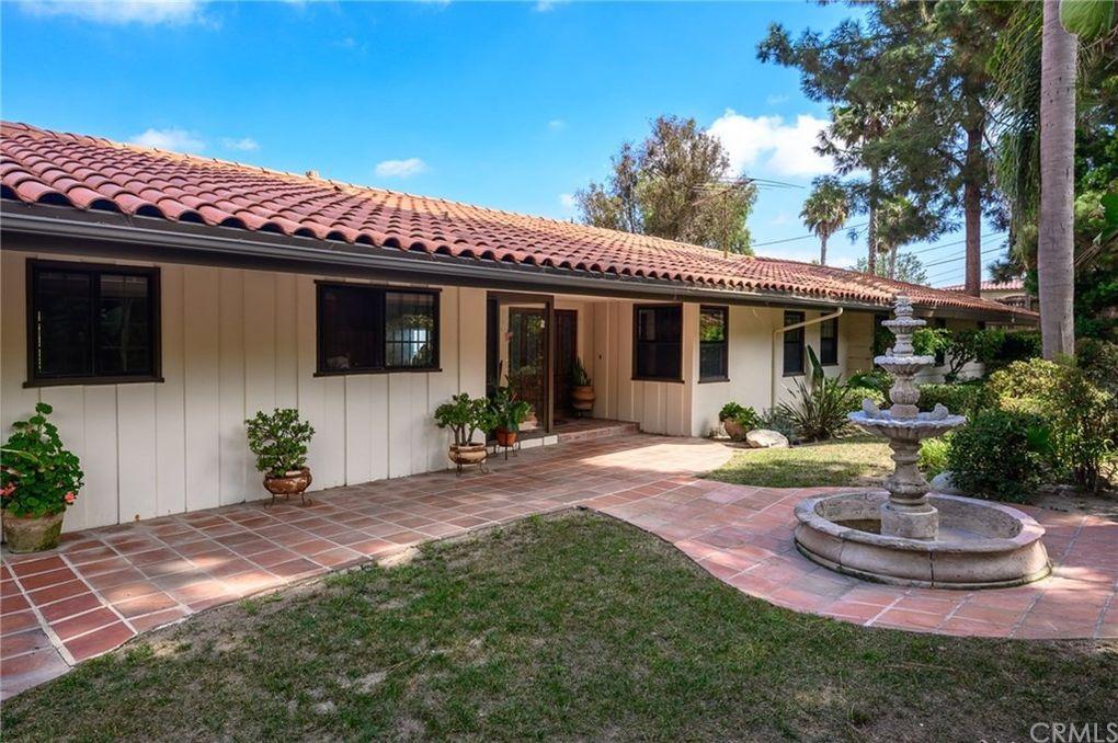 14 Harbor Sight Dr Rolling Hills Estates, CA 90274