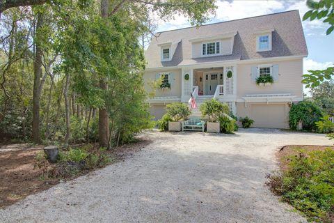 Excellent 6050 Dutchman Creek Rd Southport Nc 28461 Home Interior And Landscaping Mentranervesignezvosmurscom