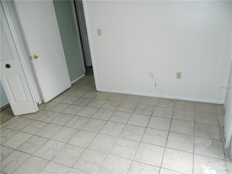 bathroom shower tile 11365 walsingham rd seminole fl 33778 realtor 174 11365