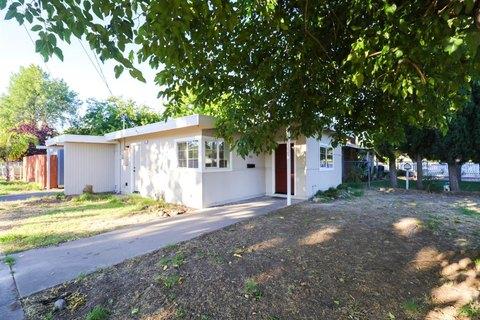 453 Lampasas Ave, Sacramento, CA 95815