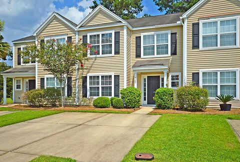 Photo of 9160 Maple Grove Dr, Summerville, SC 29485
