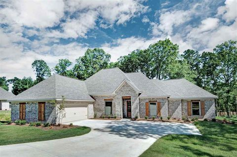 Photo of 592 Asbury Lane Dr, Pearl, MS 39208