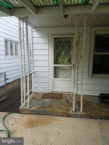 Photo of 28 Pine St, Branchdale, PA 17923