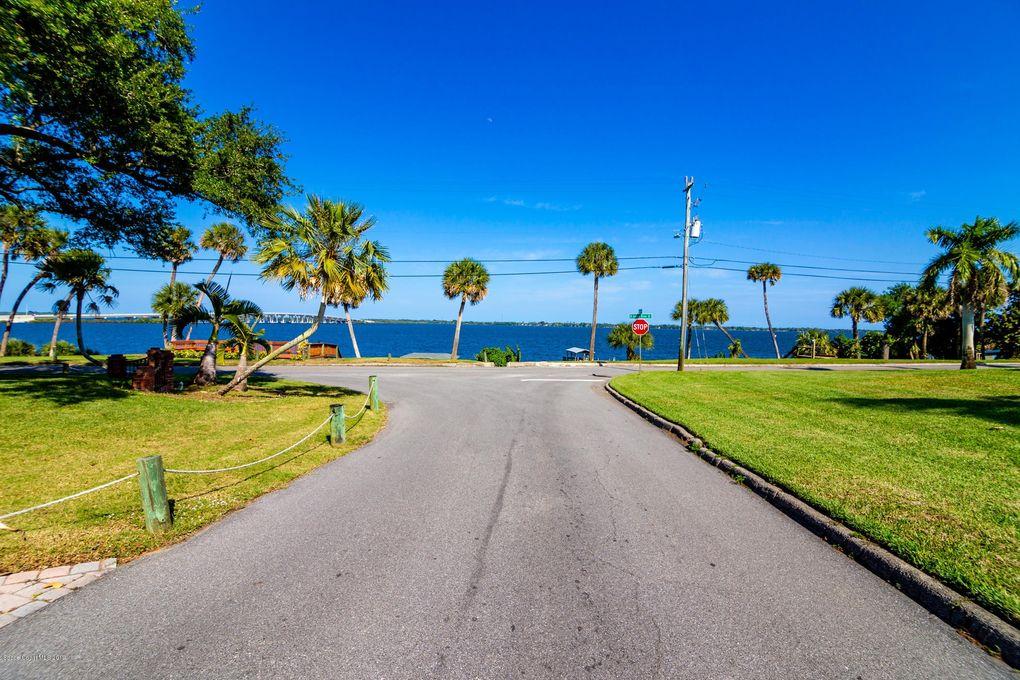 63 S Grandview Cir, Cocoa, FL 32922