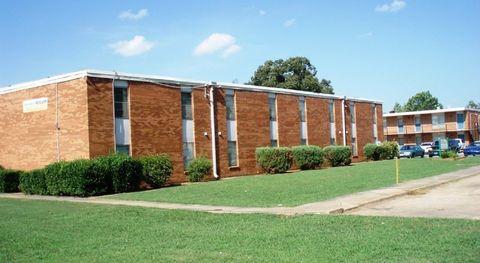 Photo of 1610 Stone St, Jonesboro, AR 72401