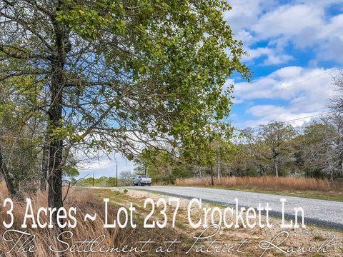237 Crockett Ln, Luling, TX 78648