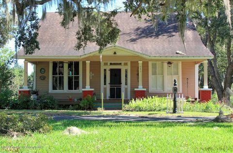 Photo of 941 S Mildred Ave, Brooksville, FL 34601