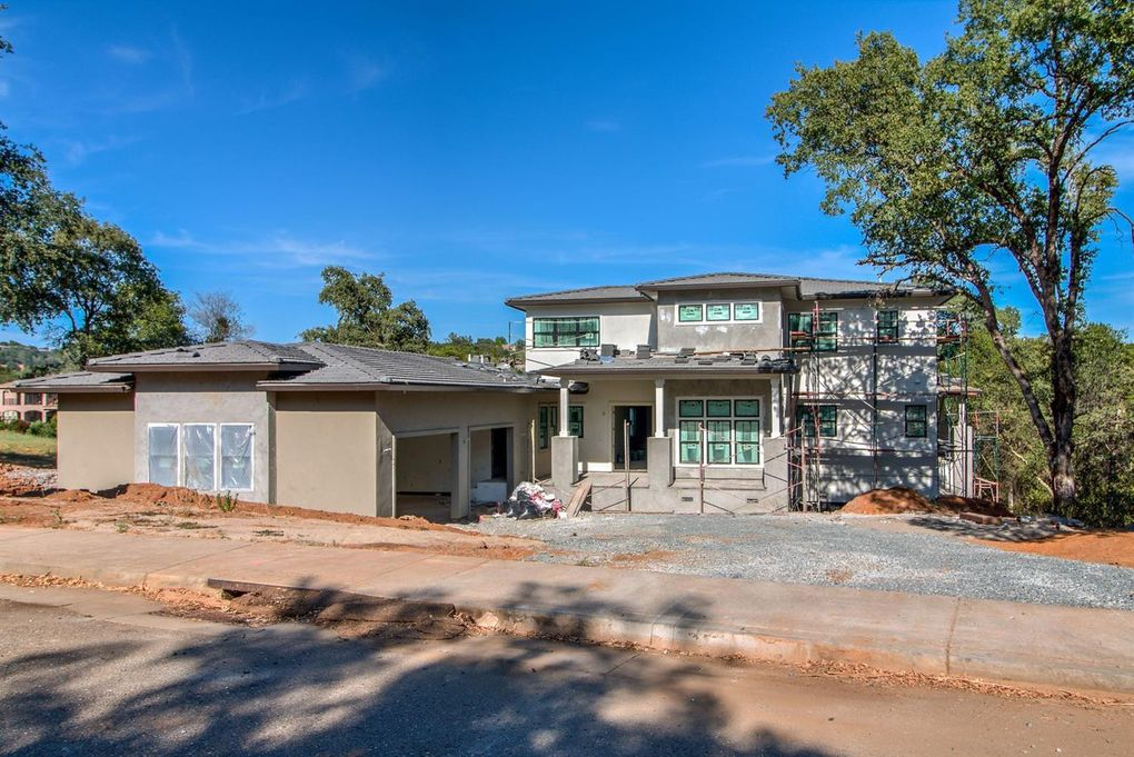 2045 Secluded Ct, Auburn, CA 95603