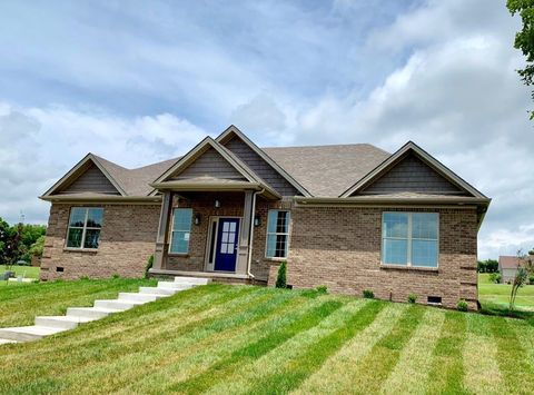 Photo of 1449 Clubhouse Ln, Mount Sterling, KY 40353