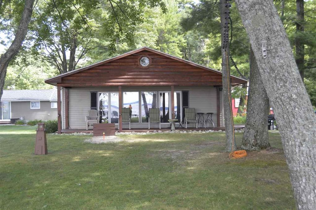 paisleyseadoo cabins for michigan cabin slideshow cottage cottages rent lake houghton rentals