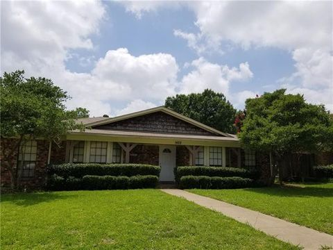 Photo of 1422 Guildford St, Garland, TX 75044