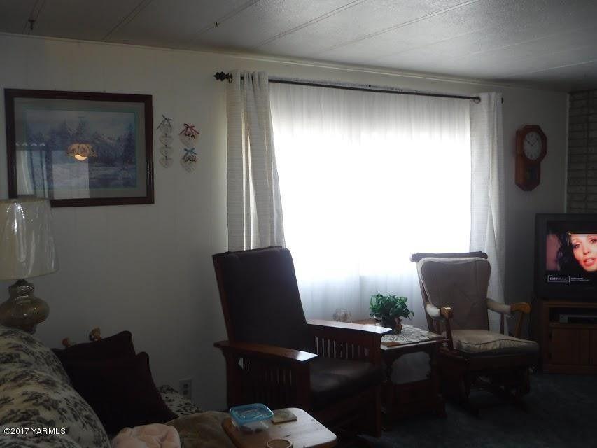 18 W Washington Ave Unit 69 Yakima WA 98903