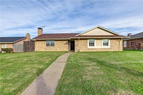 Photo of 3020 Kensington Dr, Mesquite, TX 75150
