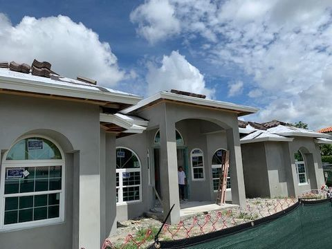 Photo of 5005 S Olive Ave, West Palm Beach, FL 33405