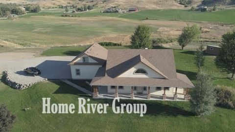 Photo of 27 Waverly Dr, Horseshoe Bend, ID 83629