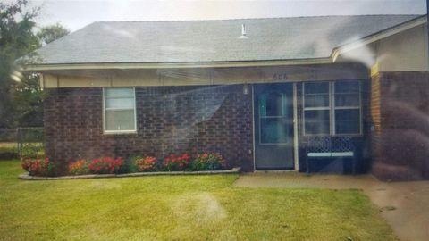 Photo of 606 Lisa Ln, Waukomis, OK 73773