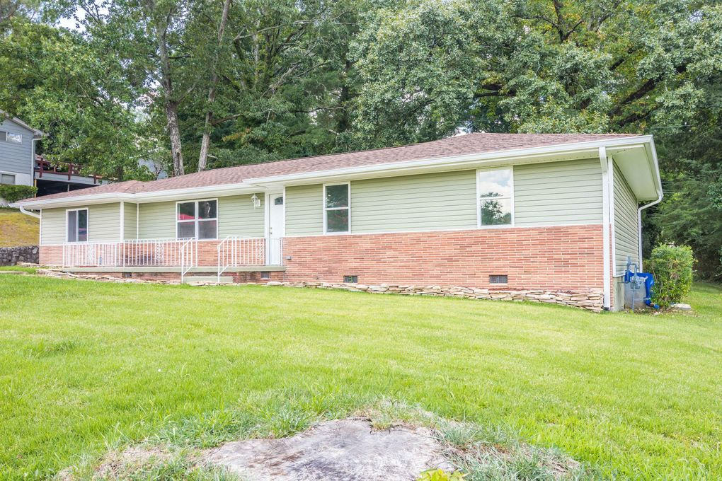 909 Woodmore Ter, Chattanooga, TN 37411 - realtor com®