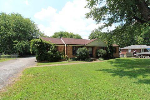 Photo of 6 Richmond St, Clarksville, TN 37042