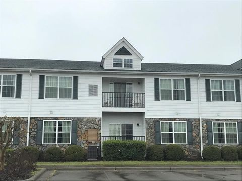Photo of 106 D Little River Farm Blvd Ln Unit 106 D, Carthage, NC 28327