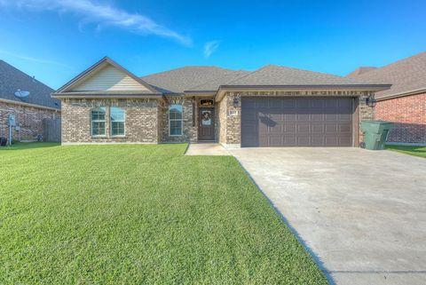 10400 Pine Ridge Ln, Port Arthur, TX 77640