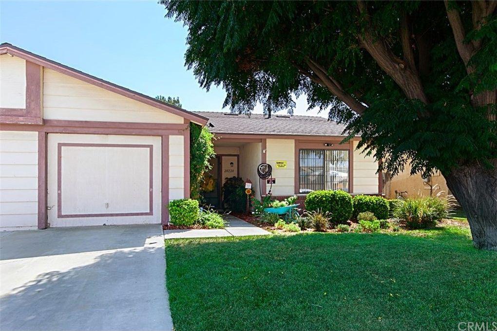 28220 Chula Vista Dr, Sun City, CA 92586